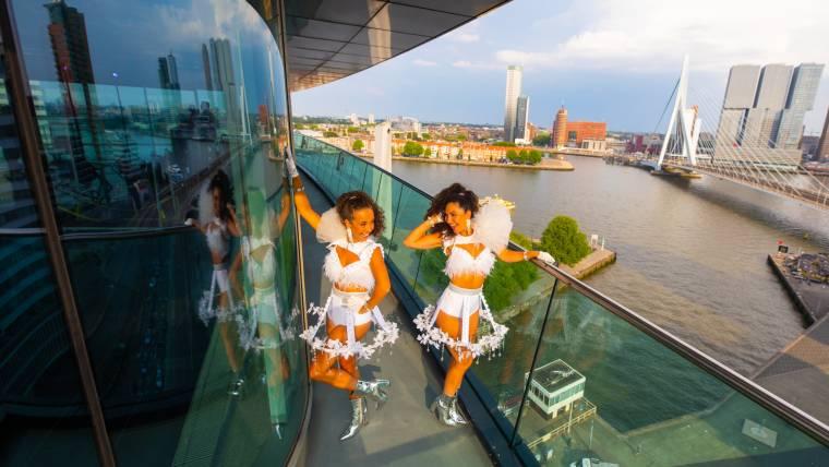 Incentive Stream – Rooftop Inntel Hotel